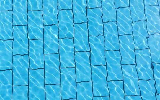 Chloorshock voor veilig gebruik van je zwembad